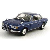 BMW 2000 CS 1966 1:43 Modellautó