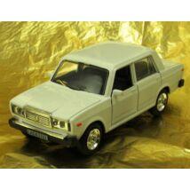 Lada 2107 femauto 2