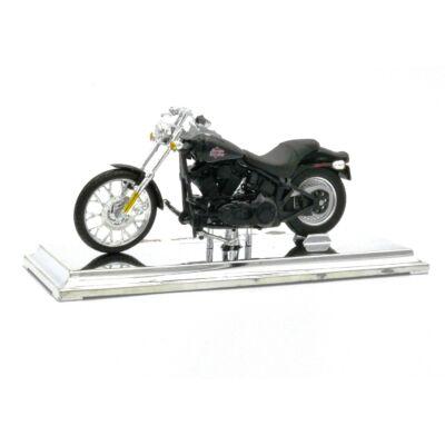 Harley Davidson 2002 FXSTB 1:18 Motor 3