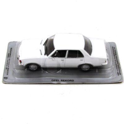 Opel Record fémautó 1