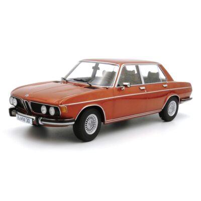 Bmw 3.0S E3 2.Series 1971 1:18 Modellautó