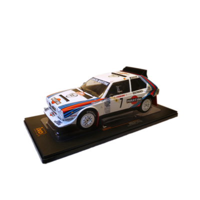 Lancia Delta S4 Rally 1:18 Modellautó