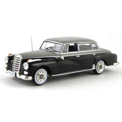 Mercedes 300D 1957 (W189) 1:43 Modellautó