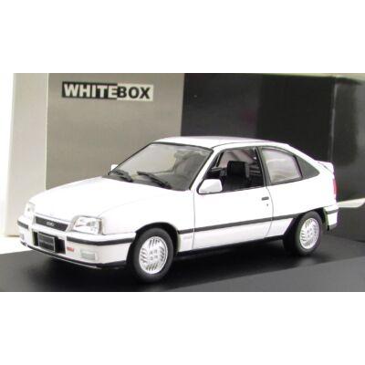 Opel Kadett GSI 1:43 Makettautó