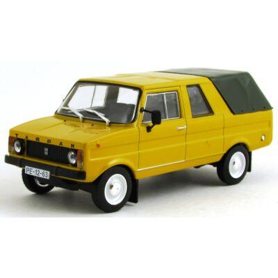 Tarpan 233 Autómodell
