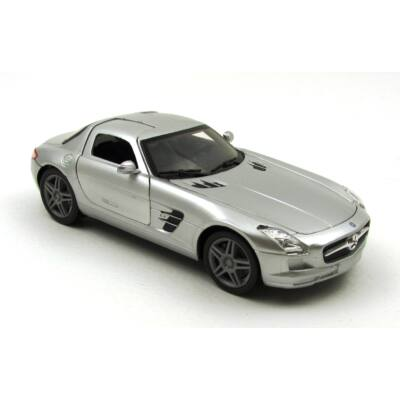 Mercedes Benz SLS AMG autómodell