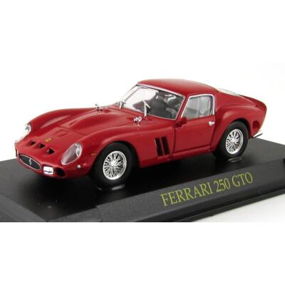 Ferrari 250 GTO 1:43 Modellautó