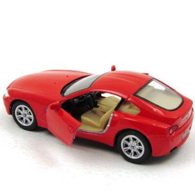 BMW Z4 Coupe kisautó