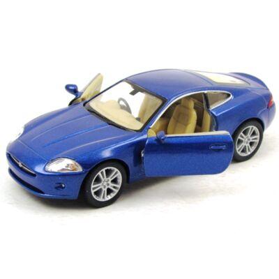 Jaguar XK Coupe kisautó