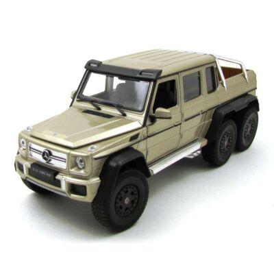 Mercedes-Benz G 63 AMG 6X6 fémautó