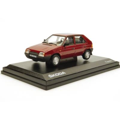 Skoda Favorit 1987 1:43 Modellautó