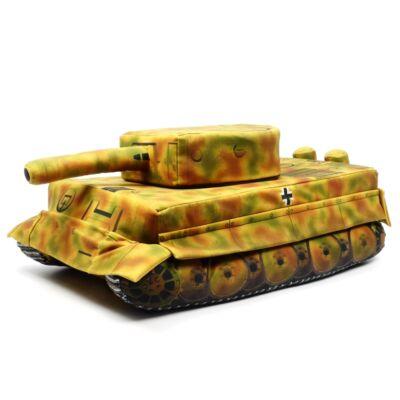 Plüss - Tank